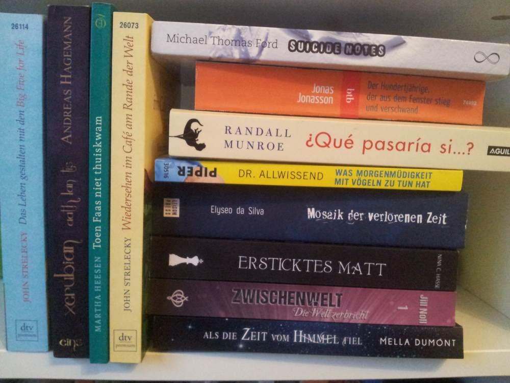 Stapel ungelesener Bücher – Eine Schande via Twitter
