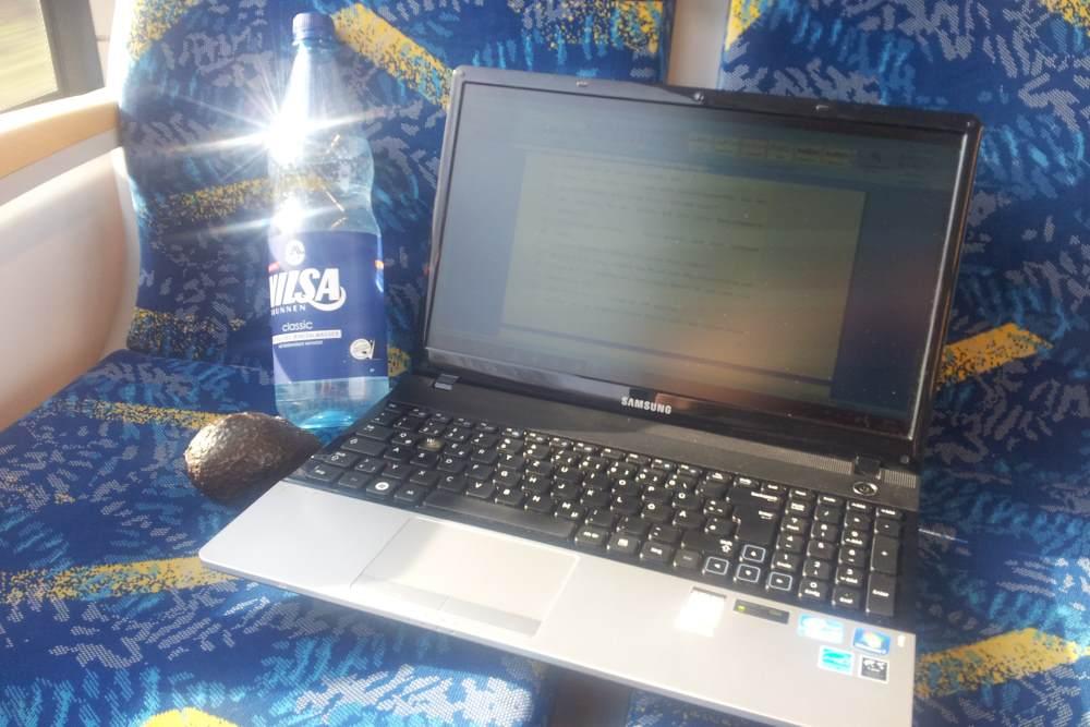 Vom Schreiben im Zug #kiaunterwegs